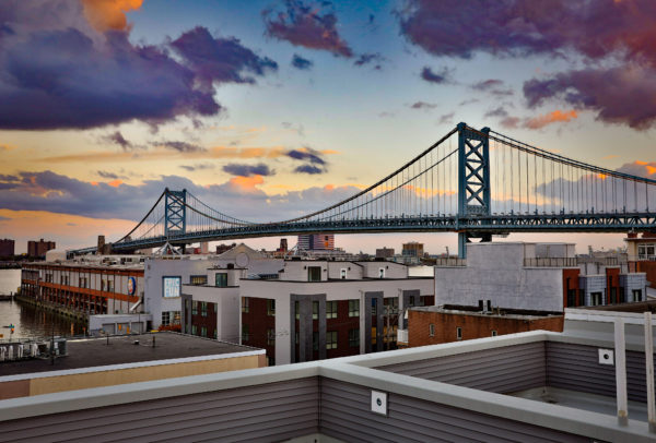 Living in the City vs. Suburbs: Pros and Cons